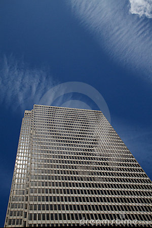 Skyscraper cloud reflections