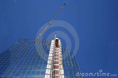 Skyscraper with external lift