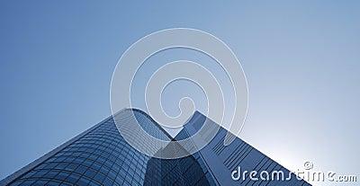 Skyscraper under blue sky