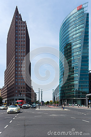 Free Skyscrapers On Potsdamer Platz Royalty Free Stock Images - 32094499