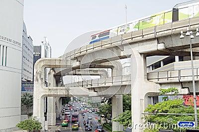 Skytrain, квадрат Сиама, Бангкок Редакционное Стоковое Фото