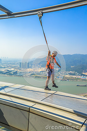 Free Skywalk Macau Tower Royalty Free Stock Images - 83441479