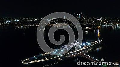 Slagschip New Jersey van de nacht het Luchtmening stock footage