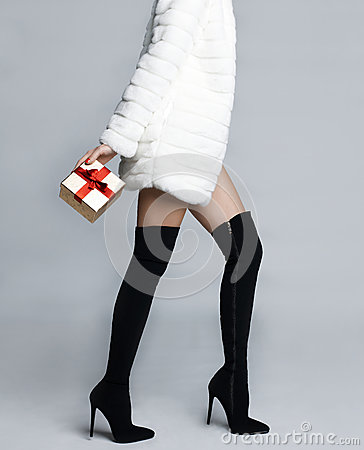 Free Slender Female Legs In Boots Stockings Royalty Free Stock Photo - 49412945