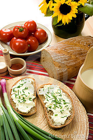 Free Slice Of Bread Spread With Sheep Cheese Stock Photography - 5401052
