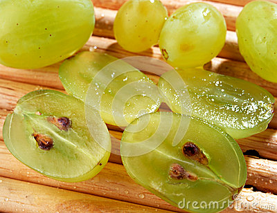 Sliced green grapes