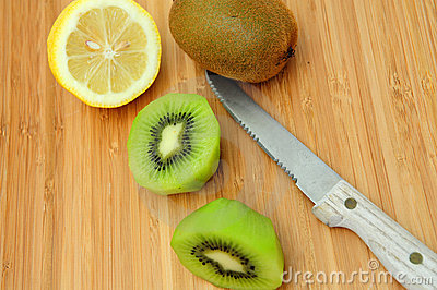 Sliced Kiwi And Lemon