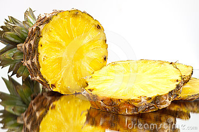 Sliced ​​pineapple