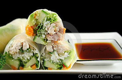 Sliced Rice Paper Rolls