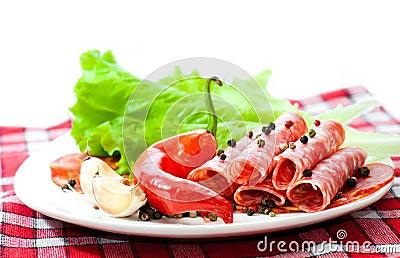 Sliced ??sausages  with vegetables