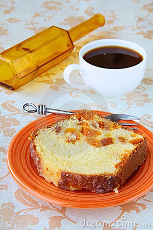 Slices of cake with raisins arranged