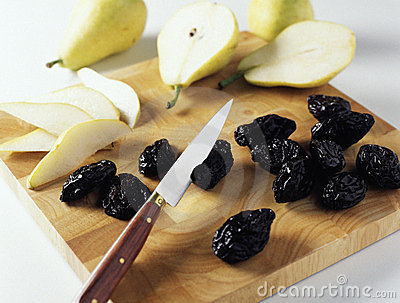 Slicing the fruit