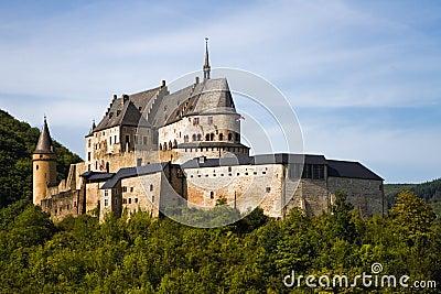Slottet medeltida luxembourg vianden