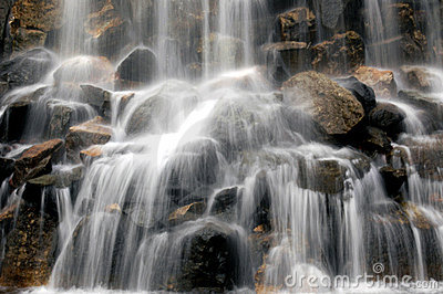 Slow Motion Blur Waterfall Royalty Free Stock Photos - Image: 14341928