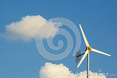 Slow Wind Turbine