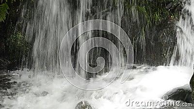 Sluit omhoog lagere cascade stock footage