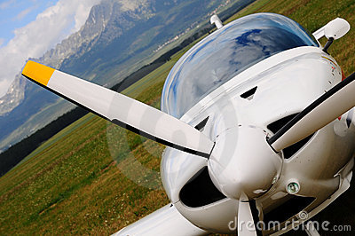 Small airplane - propeller