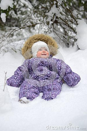 Free Small Baby Girl In The Snow Royalty Free Stock Photography - 105635057