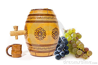 Small barrel with grapes