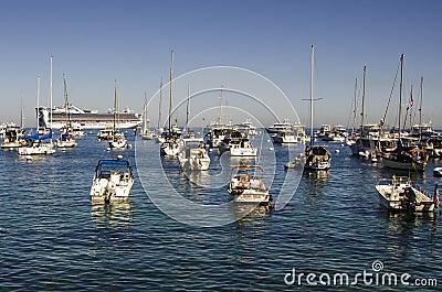 SMALL BOATS AND CRUISE SHIP CATALINA ISLAND Editorial Image