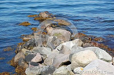 Small boulder pier