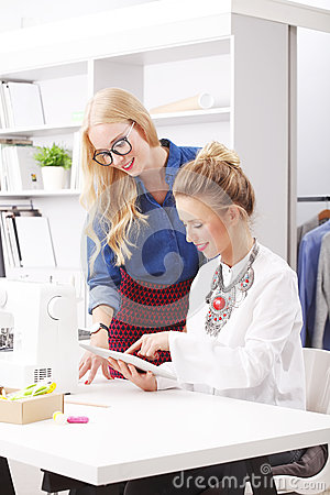 Fashion Design Home Business  Importing Clothes From - How to start a small fashion business at home