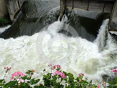 A small cataract at a mill