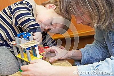 Small creator build a house