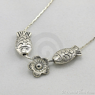 Small fish-shaped silver necklace
