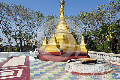 Small Golden Pagoda