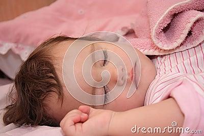 The small sleeping girl