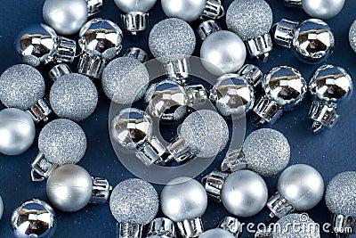 Small xmas globes