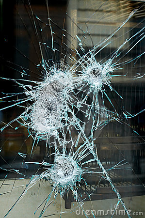 Free Smashed Window Stock Image - 4354891