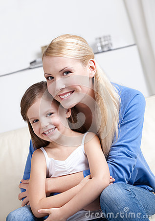 Free Smiley Mom With Her Daughter Stock Photo - 26419090
