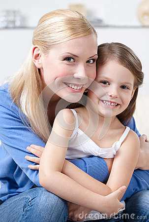 Free Smiley Mother With Daughter Stock Photos - 28885183