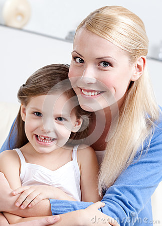 Smiley mummy with her daughter