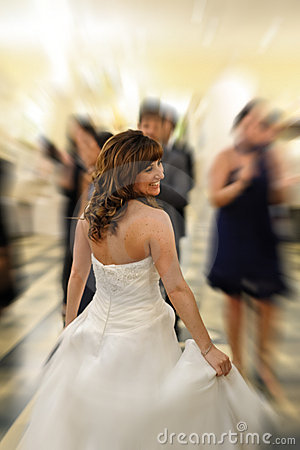 Free Smiling Bride Royalty Free Stock Photos - 22150698