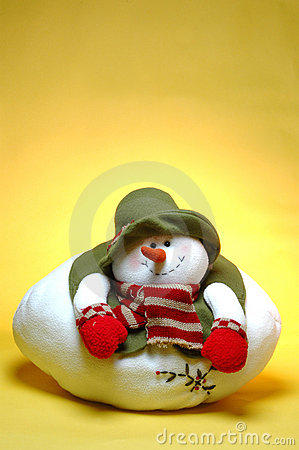 Smiling chubby snowman