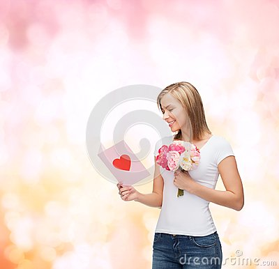 Free Smiling Girl With Postcard And Bouquet Of Flowers Stock Photography - 37149842