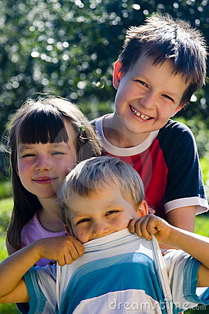 Free Smiling Kids Stock Photography - 1122722