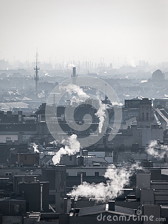 Free Smog - City Air Pollution. Unclear Atmosphere Polluted By Smoke Rising From The Chimneys. Stock Photos - 82829603