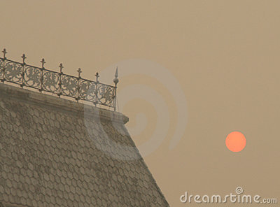 Smog in Moscow -2010. Strange sunrise