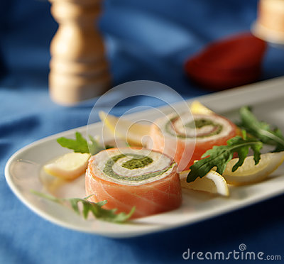 Smoked salmon role