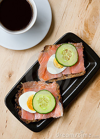 Smoked salmon sandviches and coffee