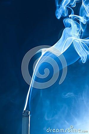 Free Smoking Cigarette Royalty Free Stock Photos - 8735728