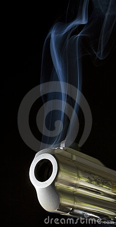 Free Smoking Gun Royalty Free Stock Image - 11548136