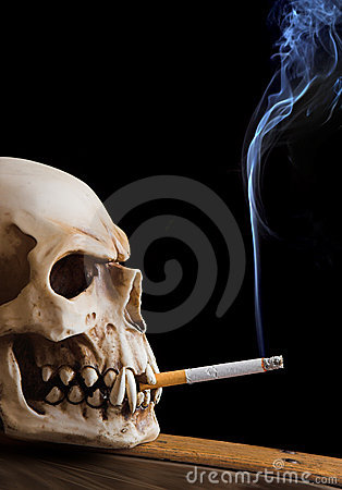 Free Smoking Skull Royalty Free Stock Photos - 1081818