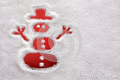 Sneeuwman die in de sneeuw wordt getrokken