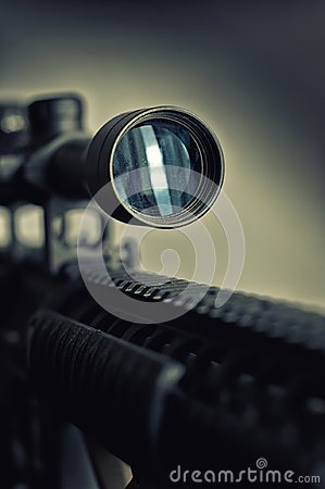 Free Sniper Rifle Scope Detail Royalty Free Stock Photography - 107842257