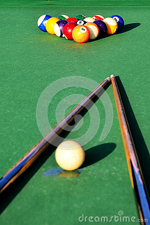 Free Snooker Table Stock Image - 25984031